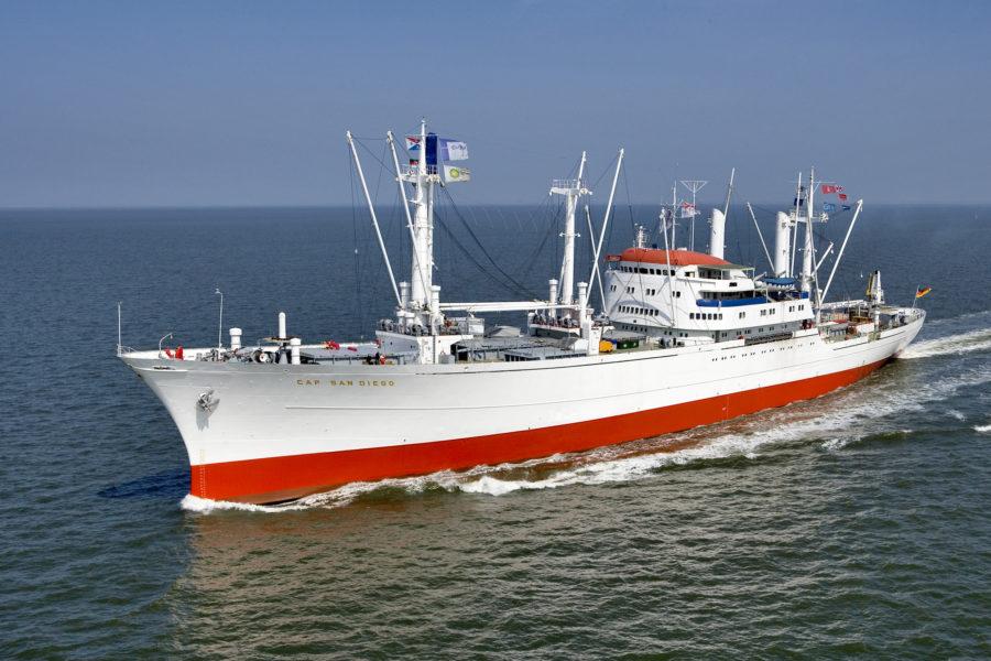 """Open Ship der """"Cap San Diego"""" auf der Reede"""